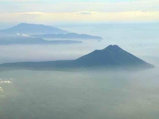 Кремль прокомментировал идею передачи Японии двух Курильских островов