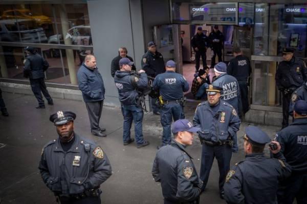 В США задержали молодых людей, собиравшихся атаковать мусульманский поселок