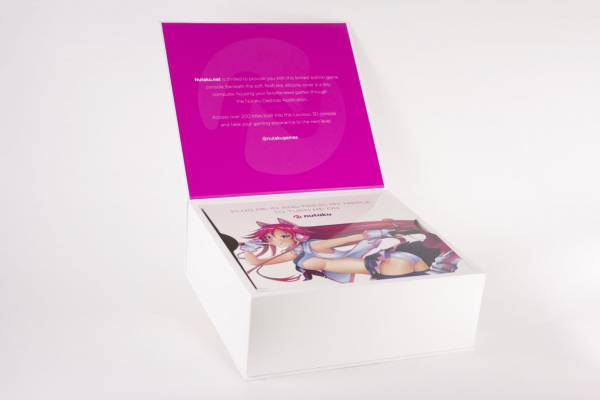Игрушка для взрослых - представлена первая в мире консоль в виде женской груди