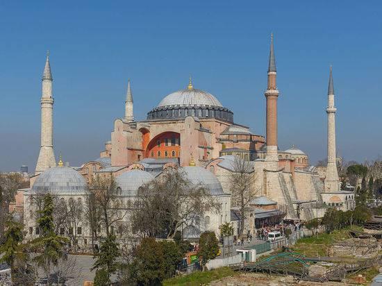 Эрдоган заявил, что собор Святой Софии может стать мечетью