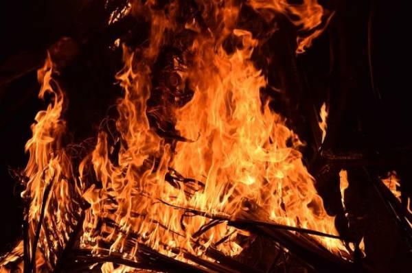 В Комсомольске-на-Амуре четыре человека стали жертвами пожара в пятиэтажке