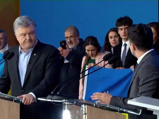 Дебаты Зеленского и Порошенко: кто убедительнее стоял на коленях