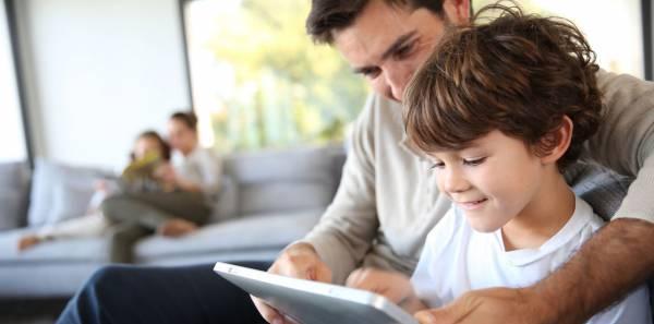 Как эффективно заниматься развитием ребенка-аутиста?