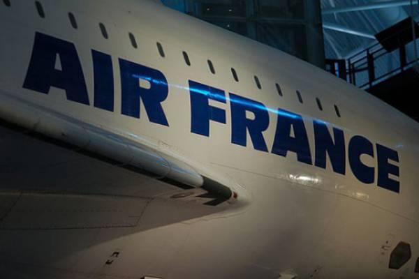 Самолет Air France вынужденно приземлился в Иране