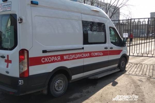 В Петербурге в ДТП с трамваем и автобусом пострадали шесть человек