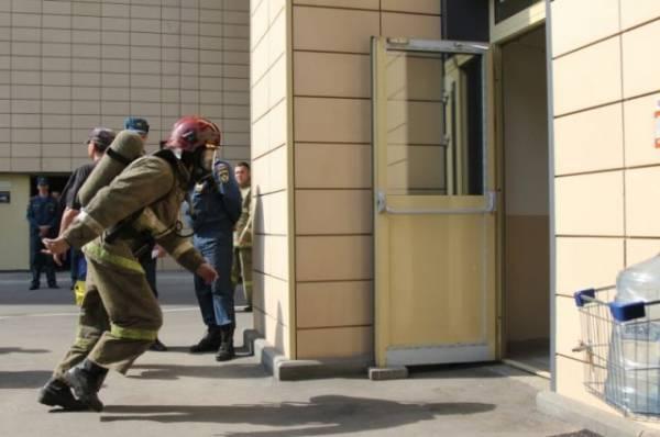 Пожар площадью 300 квадратных метров произошел в центре Томска