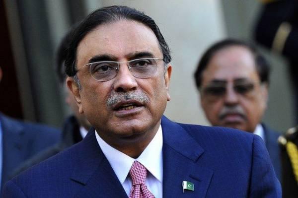 Экс-президент Пакистана арестован по подозрению в махинациях со счетами