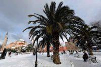 Двое российских туристов погибли в результате ДТП в Анталье