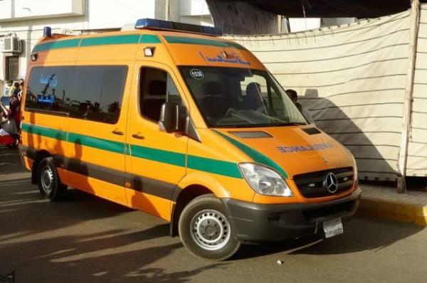 В ДТП в пригороде Каира погибли четырнадцать человек