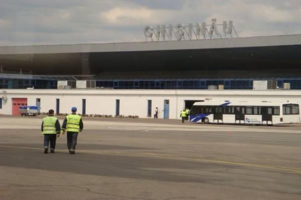 Аэропорт Кишинева эвакуировали после анонимных угроз о взрыве