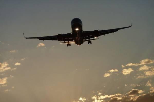 В Ницце самолет столкнулся со зданием аэропорта