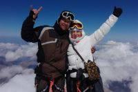 Скончался один из заблудившихся на Эльбрусе альпинистов