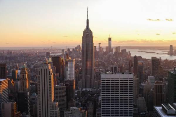 В Нью-Йорке около 33 тыс. человек в жару остались без электричества