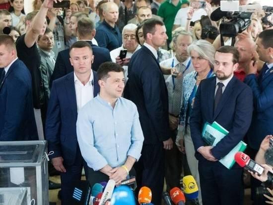 """""""Слуга народа"""" обыграла венгров на их исконных территориях"""