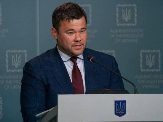 Эксперт: США заставляют Зеленского уволить единственного опытного человека в команде