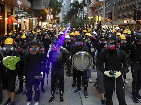 Премьер Канады дал совет Китаю, как урегулировать ситуацию в Гонконге