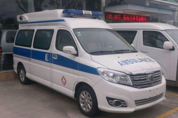 В Китае при столкновении перегруженных машин погибли шесть человек