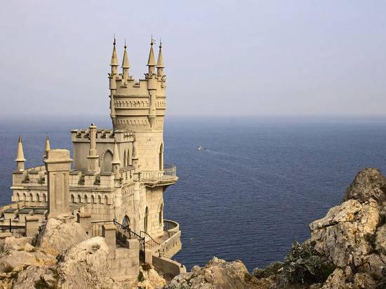 Экс-министр Украины назвал сумму убытков Киева от блокады Крыма