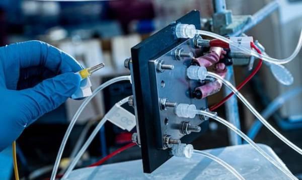 Создано устройство, превращающее углекислый газ в весьма эффективное жидкое топливо