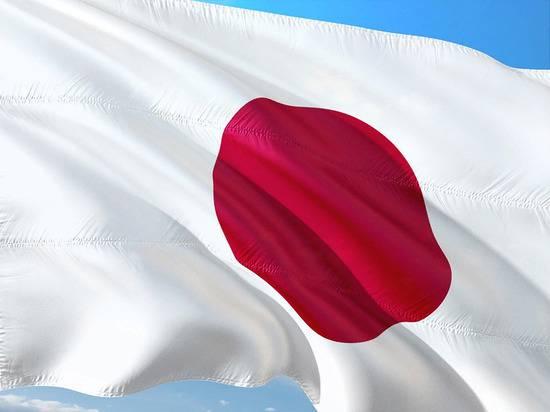 Премьер Японии принял отставку правительства в полном составе