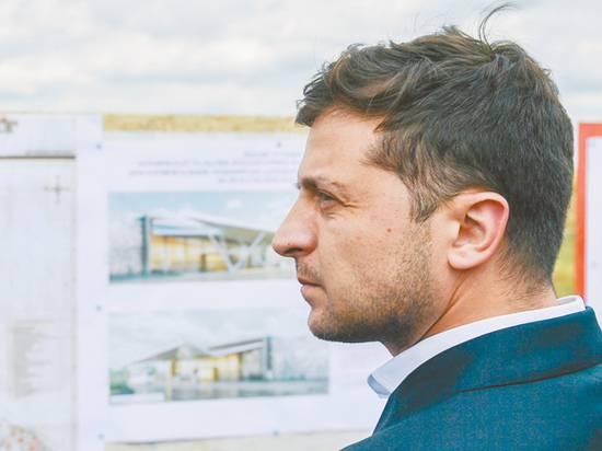 Число довольных работой Зеленского украинцев выросло в полтора раза