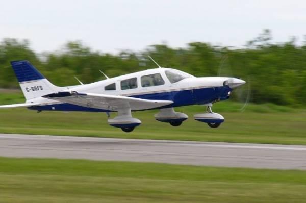 Во Флориде мужчина убежал от падающего самолета
