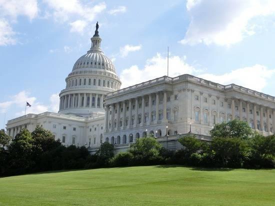 В Конгрессе США заявили о возможном импичменте Трампа из-за Зеленского