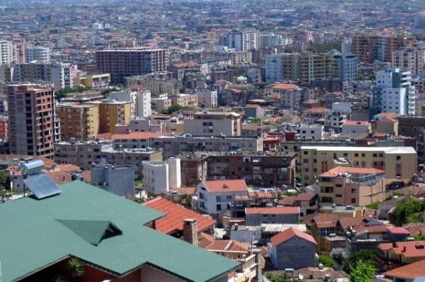 За сутки в Албании произошло около 300 подземных толчков