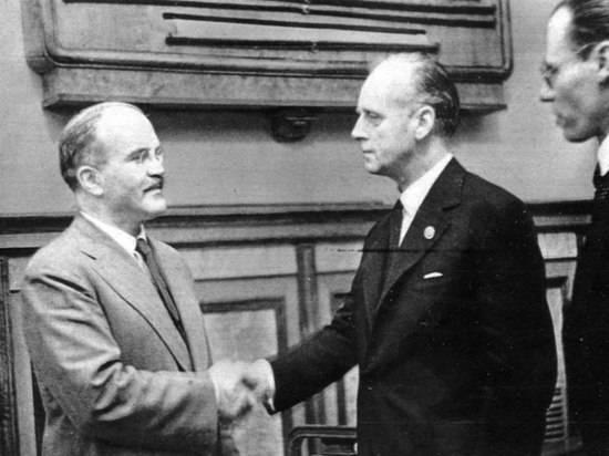 Эксперт объяснил позицию ЕС, назвавшего СССР соучастником развязывания Второй мировой