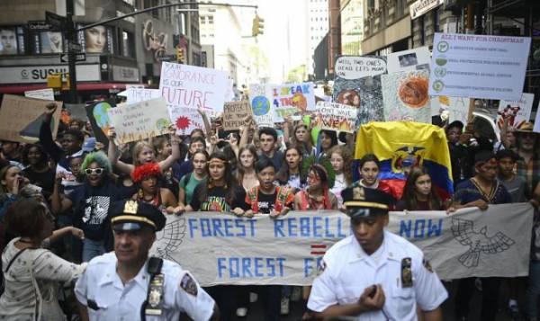 По всему миру проходит глобальная забастовка против изменений климата
