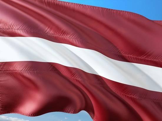 Экс-главе МИД Латвии стало стыдно за министров перед всем миром
