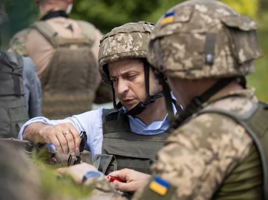 Зеленский: Украина не сдаст свои территории, но закончит войну