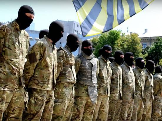 """Глава МВД Украины Арсен Аваков выразил поддержку батальону """"Азов"""""""