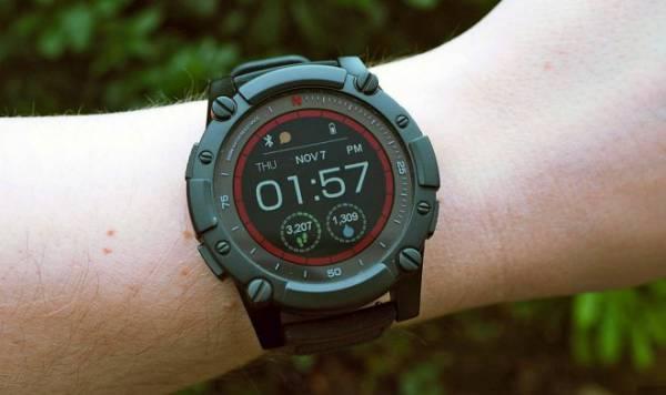 Умные часы PowerWatch 2 заряжаются от тепла человеческого тела