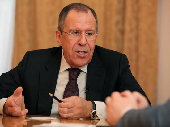 """Лавров в шутку пообещал """"решить проблему выборов-2020 в США"""""""