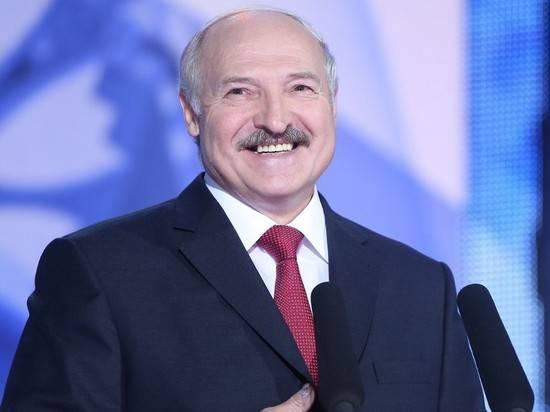 Лукашенко запретил руководителям брать на работу любовниц