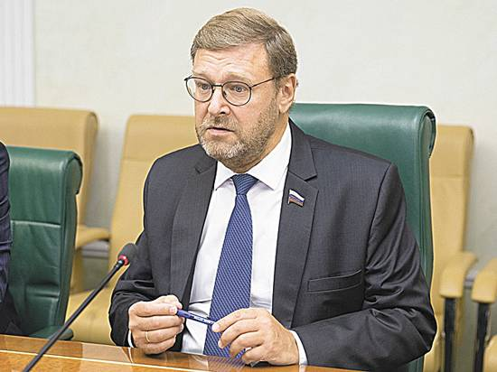 В Совфеде раскритиковали план Киева отменить упрощенный въезд в РФ