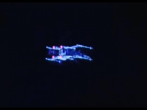 Боинг построил знаменитый истребитель X-Wing из «Звездных войн»