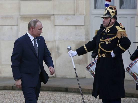 Путин настаивает на скорейшем улучшении жизни простых людей в Донбассе