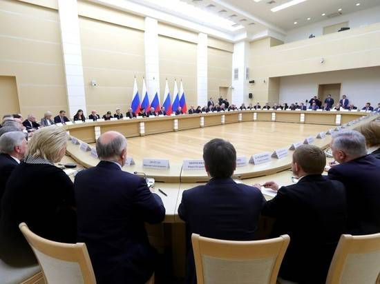 Рабочая группа по изменению Конституции будет править Путина
