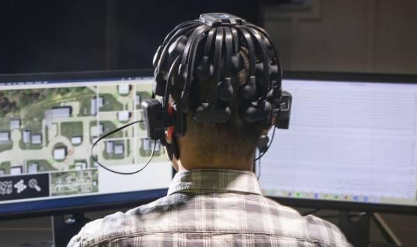 Американские геймеры будут обучать военных роботов «работать роем»