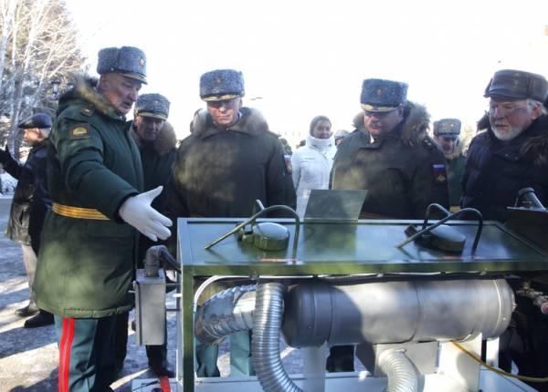 Заместитель министра обороны вручил орден Жукова Дальневосточному училищу