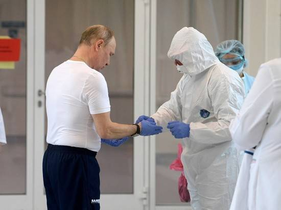 Песков трижды сплюнул, комментируя состояние Путина после визита в Коммунарку