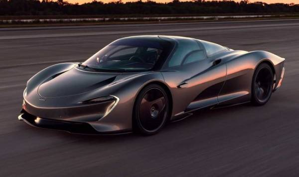 Сможет ли самый быстрый автомобиль в мире обогнать... истребитель?