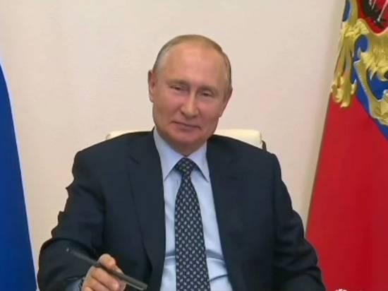 Путин заявил, что Россия сохранила советскую систему здравоохранения