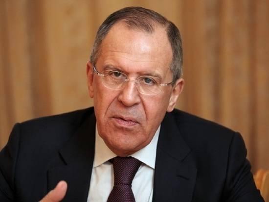 Лавров заявил, что страны Запада запрещают просить помощи у России