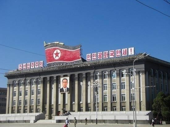 Великобритания временно закрыла посольство в Северной Корее