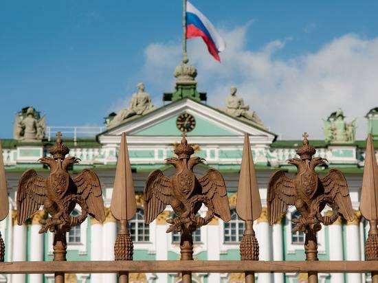 Беглов анонсировал проведение парада Победы в Петербурге с ограничениями