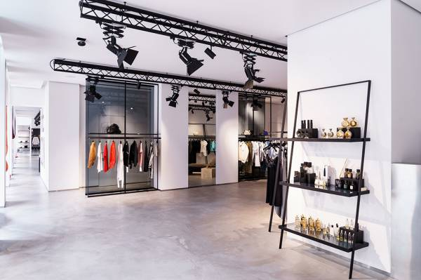 Концепт-стор THE ICON — киевский центр мировой моды