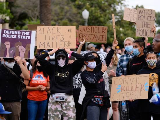 Лидер американского протеста объявил войну полиции и пообещал вооруженные отряды